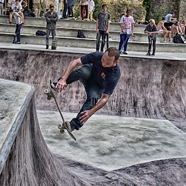 Mastering The Rope ! by Marco Bertamé - Sports & Fitness Skateboarding ( rope, skating )