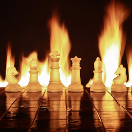 Misty glass chess and fire by Peter Salmon - Artistic Objects Glass