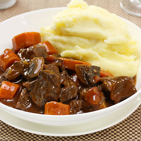 Beef in Red Wine with Mashed Potato