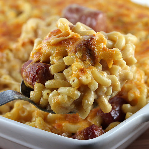 Mac and Cheese with Hot Dogs