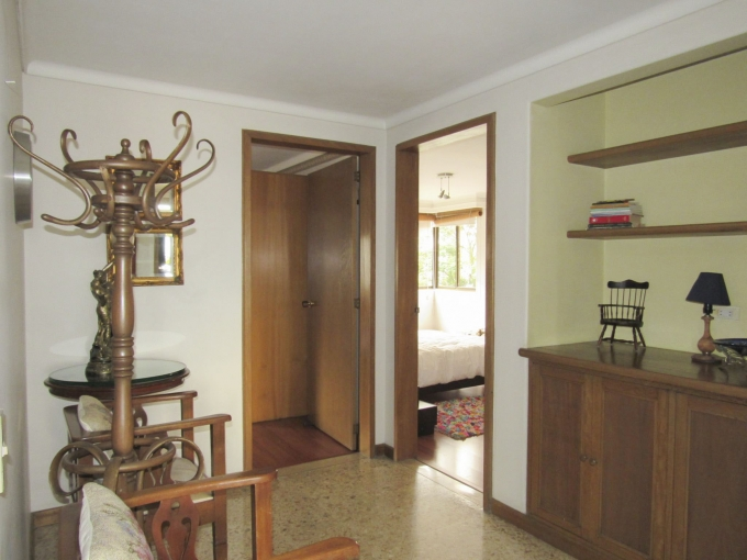 apartamento en arriendo poblado 585-22640