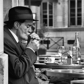 ... by Anita Berghoef - People Street & Candids ( paris, terrace, street, france, candid, people, man, street photography )