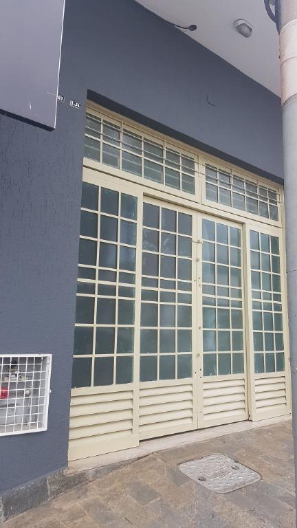Sala para alugar, 46 m² por R$ 860/mês - Leblon - Uberaba/MG