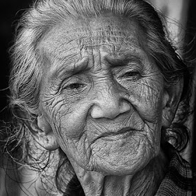 by Pt Seputra Adi Winata - People Portraits of Women ( b/w, bali, senior citizen )
