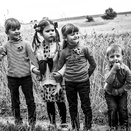 These girls are amazing :) by Dainius Karaliūnas - Babies & Children Children Candids