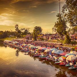 Floating Market by Markos  Focus - City,  Street & Park  Markets & Shops