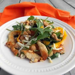 Salad With Chicken, Mango And Smoked Mozzarella