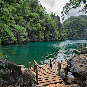 Immaculate Lake by Geb Bunado - Landscapes Waterscapes ( coron, cleanest lake, travel, kayangan lake, palawan, philippines )