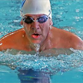breast stroke by Leon Pelser - Sports & Fitness Swimming ( iso 1600, no flash, 1/200, f 5.6, monopod,  )