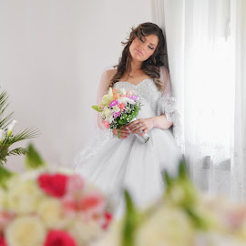 Bride end flowers by Bojan Kostadinovic - Wedding Bride ( wedding, white, wedding dress, flowers, bride, hair, eyes )
