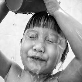 Bath by Wing Yin Cheong - Babies & Children Children Candids ( water, pour, asia, bath, children, wet, diy )