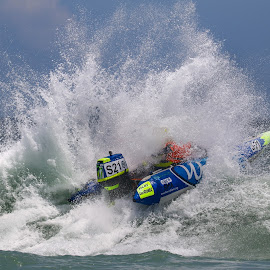by Heinrich Sauer - Sports & Fitness Watersports ( watersports, racing, sports, action, sea, beach, boat )