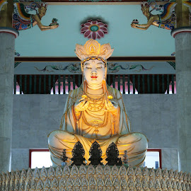 Buddha by Koh Chip Whye - Buildings & Architecture Statues & Monuments (  )