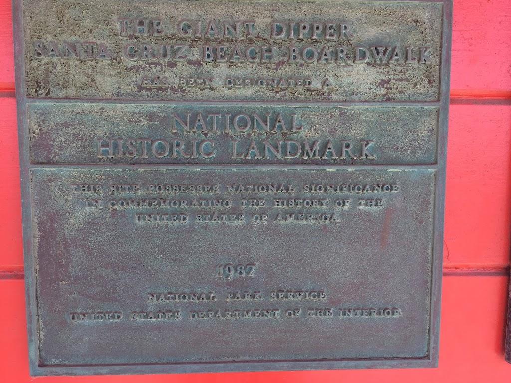 THE GIANT DIPPER SANTA CRUZ BEACH BOARDWALK