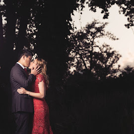 Jen and Jax by Juan Smit - Wedding Bride & Groom