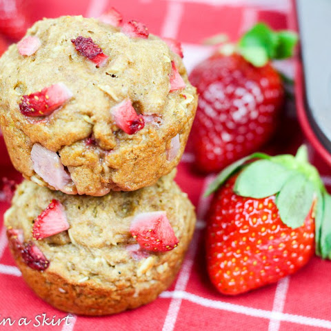 Healthy Whole Wheat Strawberry Muffins