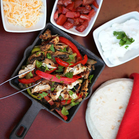 Chipotle Chicken and Portabella Mushroom Fajitas