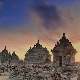 Plaosan temple by Hery Sulistianto - Buildings & Architecture Public & Historical