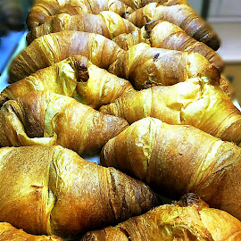 Croissants praliné@my store 08:00a.m. by Βασίλης Τουνουσίδης - Food & Drink Cooking & Baking ( food, breakfast, french, baking, pastry )
