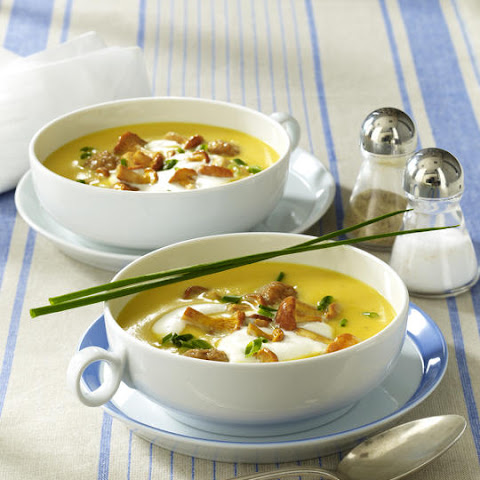 Potato Soup with Chanterelles and Meatballs