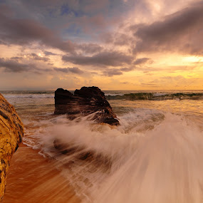 The Rushing Wave by Mohamad Shahreen - Landscapes Beaches