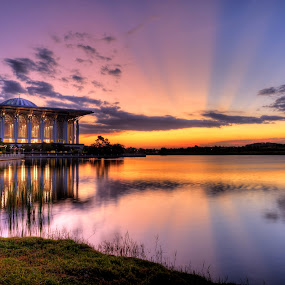 Sunset over Putrajaya Lake by Nadly Aizat Nudri - Landscapes Waterscapes ( reflection, steel mosque, sunset, putrajaya, ray of light, lake, rol, malaysia )