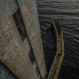 Down by Sergei Shneider - Buildings & Architecture Bridges & Suspended Structures ( water, structure, height, pier, new york, nyc, architecture, bridge, ny, newyork, brooklyn, vertigo, structures )