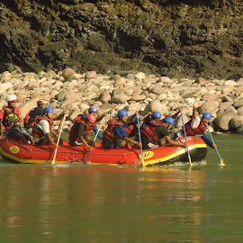 THE RAFTERS by Arindam Bhattacharya - Sports & Fitness Other Sports ( daytime, adventure, fitness, sports, places, rafting, rivers )