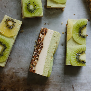 Raw Kiwifruit + Ginger 'Cheesecake'