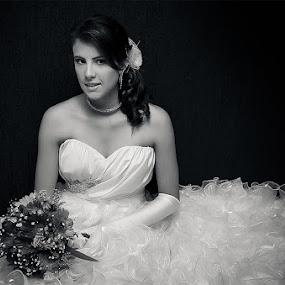 by Tatiane Maria - Wedding Bride