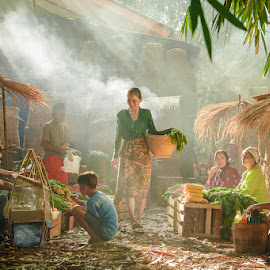 Traditional Market by Andi Kurniadi - People Street & Candids ( market, human interest, ray of light, traditional, conceptual, professional people )