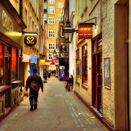 Side alley by Piotr Owczarzak - City,  Street & Park  Markets & Shops ( alley.people, england, hdr, london, westminster, people, city )