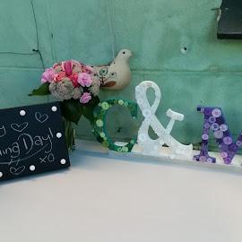 Surprise Wedding  by Mandy Shaw - Wedding Details ( button art, wedding, surprise wedding, decorations )