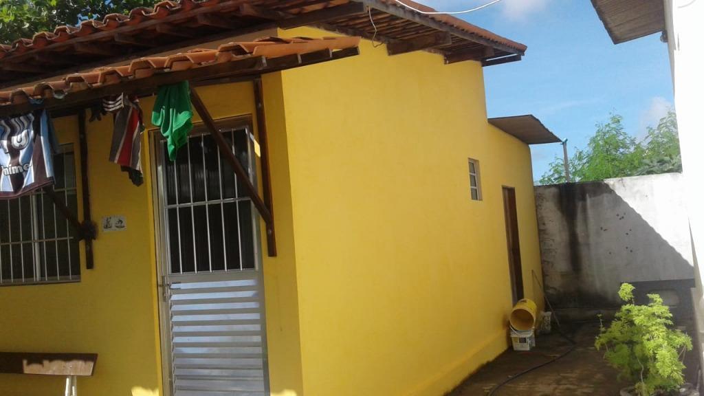Casa com piscina e churrasqueira à venda por R$ 280.000 - Praia do Amor - Conde/PB