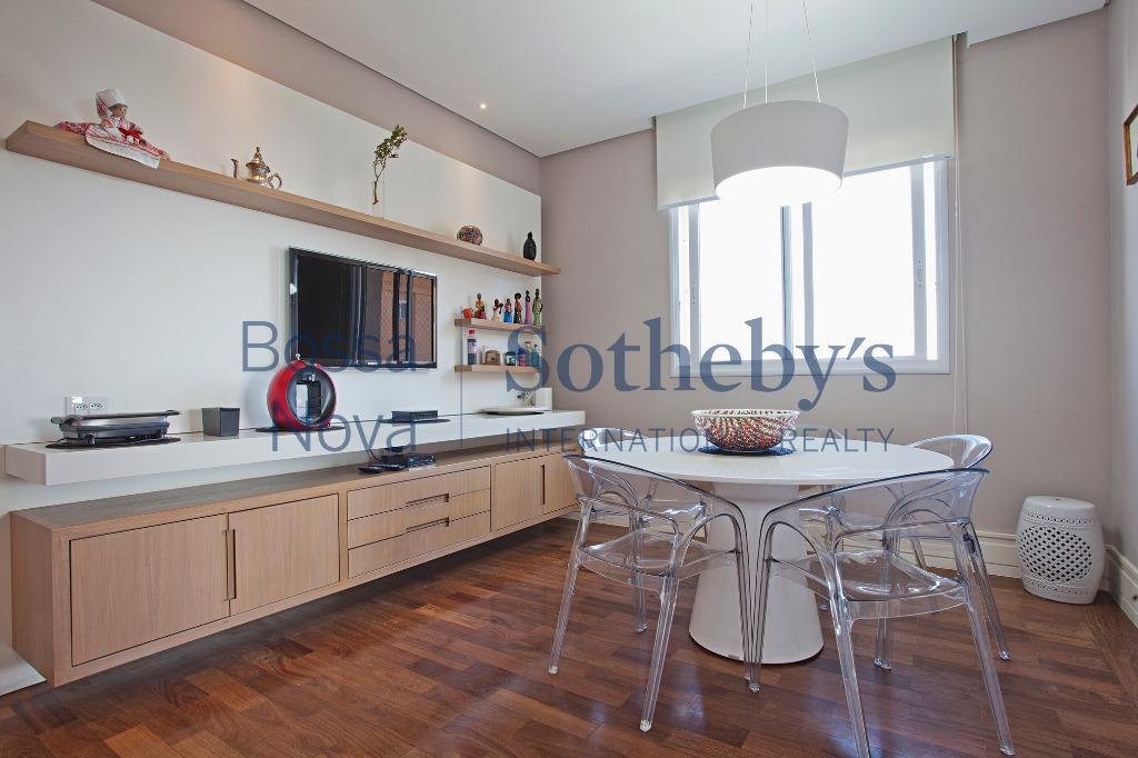 Apartamento único com projeto de Dado Castelo Branco