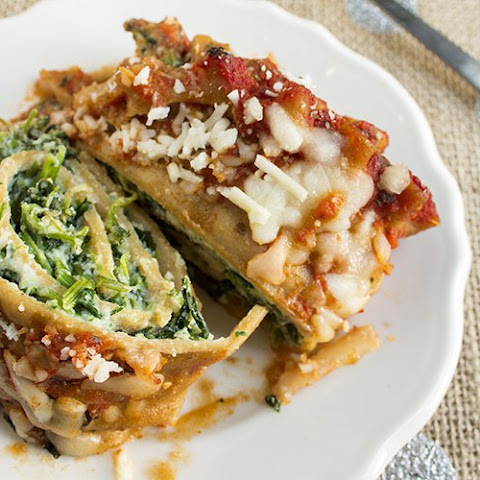 Cheesy Spinach and Mushroom Lasagna Rolls