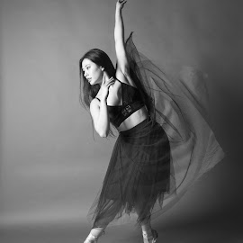 Elegance by Christopher Livingston - Black & White Sports ( dancing, model, girl, low key, black and white, female, beautiful, modern dance, ballet, mono, dance )