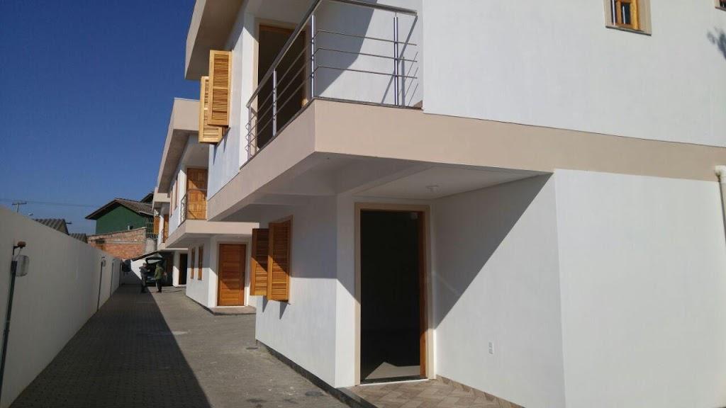 Sobrado de 3 dormitórios à venda em Niterói, Canoas - RS
