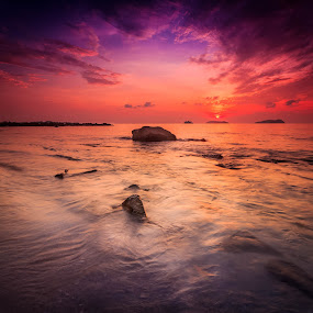 Dreamscape by Gerard Macorvick - Landscapes Sunsets & Sunrises ( clouds, kota kinabalu, sunset, clarity, sea, ocean, seascape, rocks, sabah )