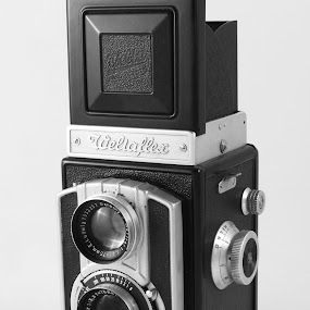 weltaflex by Worowsky Papa - Products & Objects Technology Objects ( b&w, vintage, camera, background, weltaflex )