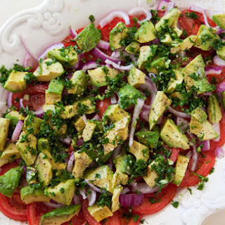 10 Best Avocado Tomato Salad Red Onion | Tomato Soup, Red Velvet and ...