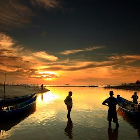 Fishermen And Sunset by Endy Wiratama - Landscapes Weather ( bangka, indonesia, sunset, belinyu, landscape )