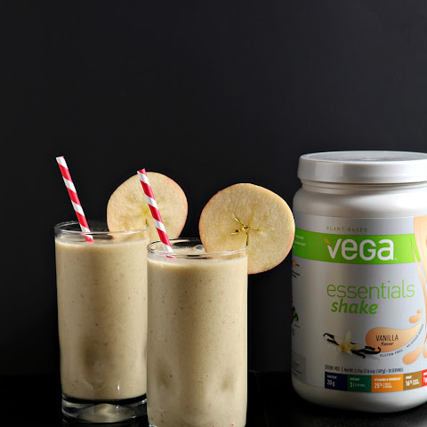 Vegan Vanilla Apple Pie Smoothie with Vega Essentials