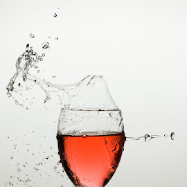 Red wine by Nick Vanderperre - Abstract Water Drops & Splashes
