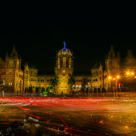22 MINUTES of Mumbai Traffic, CST/VT, Mumbai 2016 by Manabendra Dey - City,  Street & Park  Night ( mumbai, mumbai cst, city, night, nightscape, cityscape, railway station, long exposure, light-trails, mumbai vt )