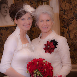 Mom & Bride by Chris Cavallo - Wedding Other ( red, mother, formals, wedding, winter wedding, white, bridal bouquet, gown, bride )