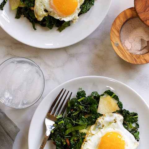 Kale, Kohlrabi & Mint Stir Fry with Bacon and Fried Egg