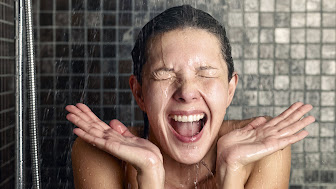 cold-shower-wake-up-stock-today-tz-150422_05f66ab0a6e6e38981837d7f407f72d6