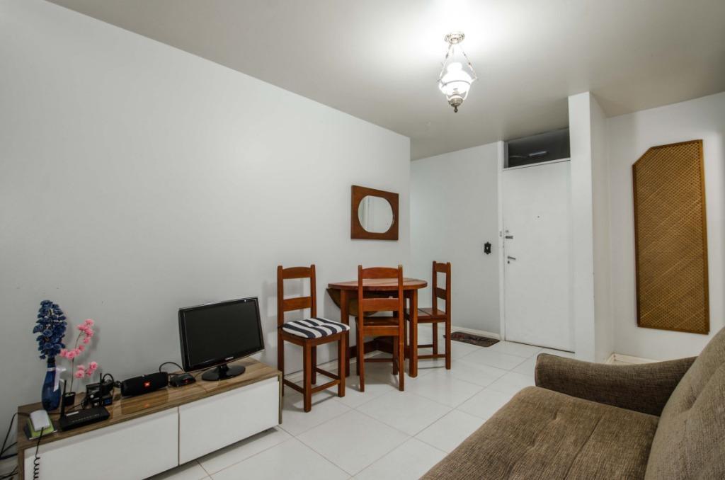 Apartamento com quartos para Alugar, 60 m²
