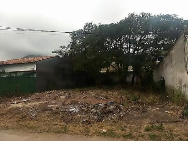 Lote/Terreno em Itaipu  -  Niterói - RJ